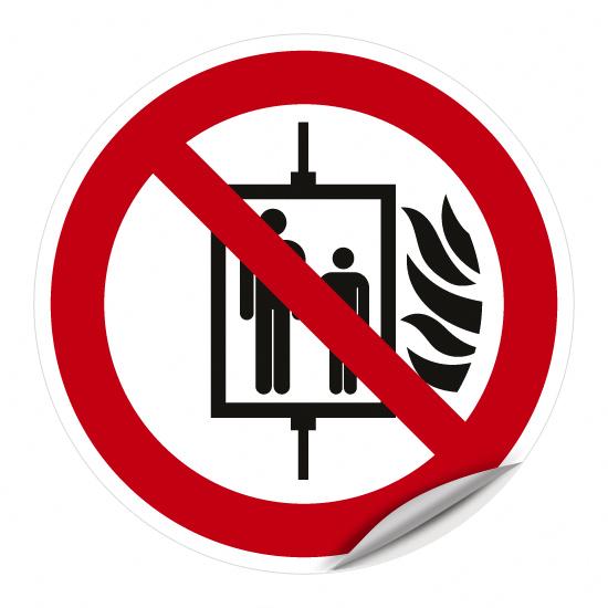Aufzug im Brandfall nicht benutzen P020