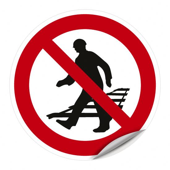 Überschreiten der Gleise verboten